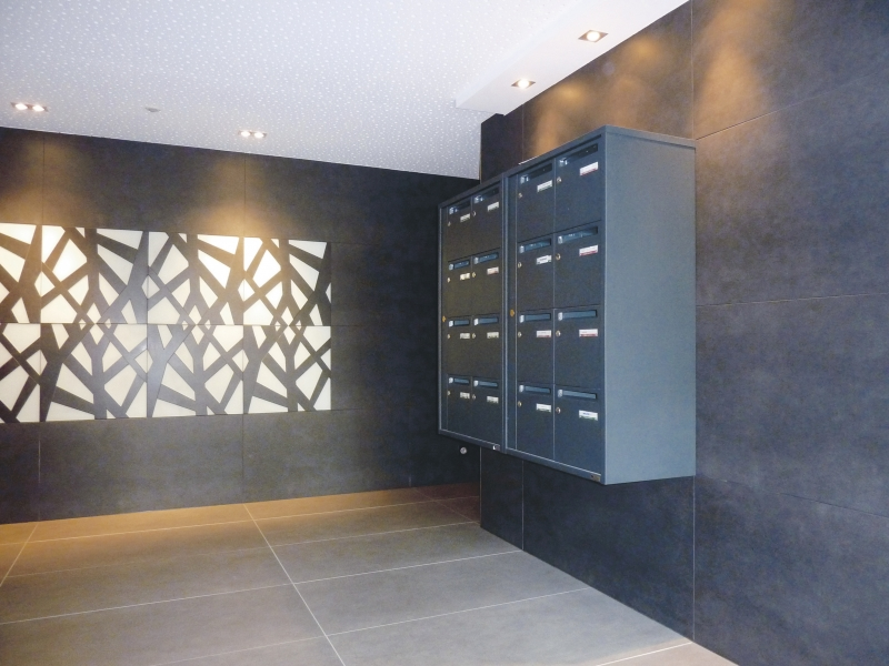 Entrance building tiles for architects for City apartment building entrance