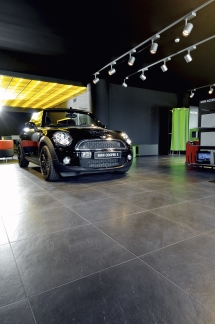 Car dealer Vila Nova
